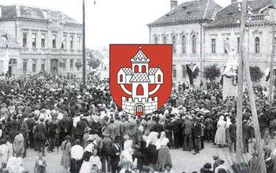 Prinášame vám historické a vzácne fotografie nášho mesta. Pozrite sa ako vyzeral seredský jarmok v roku 1935