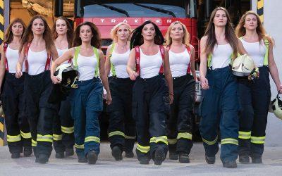 Krásne hasičky zo Šintavy rozpálili celé Slovensko vďaka vydarenému kalendáru. Tieto fotky si jednoducho zamilujete