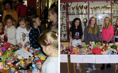 Základná škola Juraja Fándlyho pomohla chorým deťom vďaka Burze hračiek. Koľko sa im podarilo vyzbierať?
