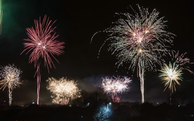 Aj takto vyzeral Silvester v našom meste. Pozrite si ohňostroj zachytený na pekných fotkách Seredčanov