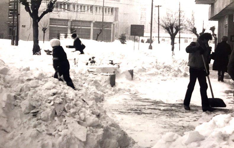 Pripomeňte si, ako vyzerala snehová kalamita v Seredi v roku 1987