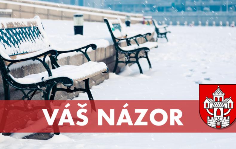 ANKETA: Ste spokojní so stavom chodníkov v Seredi počas dnešného sneženia