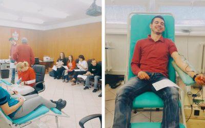 29 odhodlaných darcov sa v Seredi spojilo, aby darovali viac než 13 litrov krvi. Kedy budú v Seredi ďalšie hromadné odbery krvi?