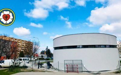 Aj evanjelici budú mať svoj Boží chrám. Kedy bude dokončený evanjelický kostol na Dolnomajerskej ulici?