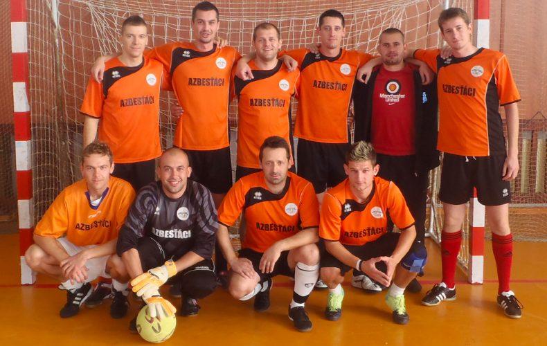 Predstavujeme vám tím, ktorý je srdcom Seredskej Interligy. Toto sú Azbesťáci