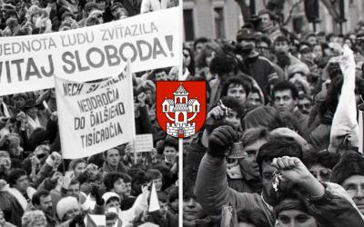 Vlastníte fotografie zachytávajúce november 1989 v našom regióne? V Seredi sa chystá výstava pri príležitosti 30. výročia Nežnej revolúcie