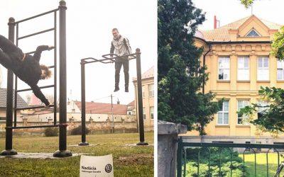 Seredské gymnázium získalo nové workoutové ihrisko vďaka Nadácii Volkswagen Slovakia