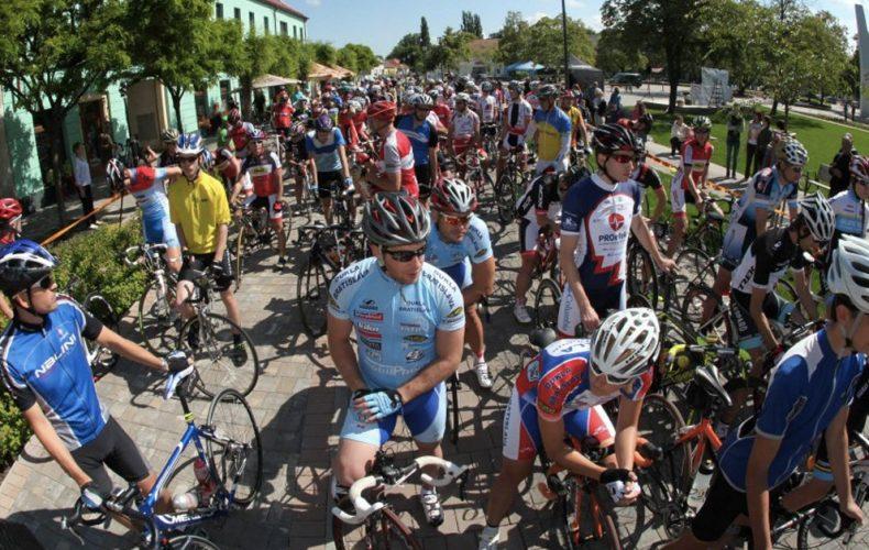 V Seredi sa uskutoční 15. ročník medzinárodných cyklistických pretekov. Zaregistrovať sa môžete aj vy
