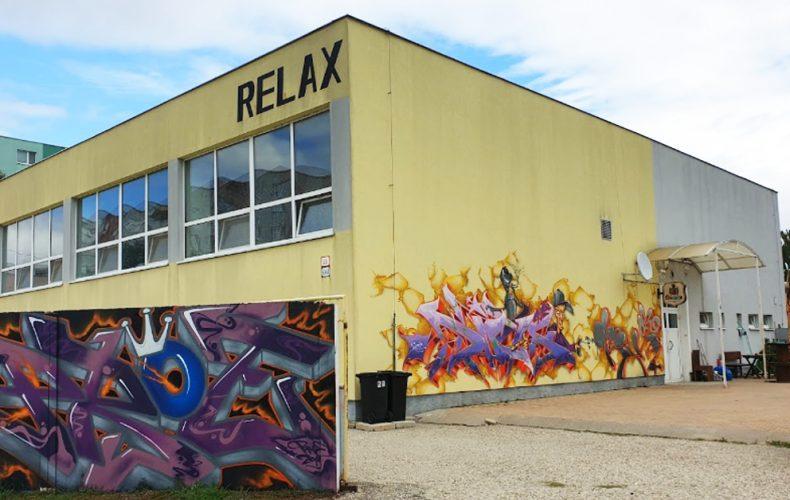 Mesto vyhlásilo obchodnú verejnú súťaž na prenájom športovej haly Relax. Budú môcť Seredčania aj naďalej využívať jej priestory?