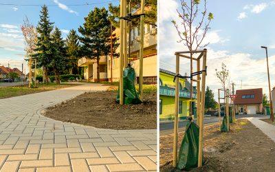 Seredská poliklinika sa dočkala sľúbenej revitalizácie a výstavby chodníka. Čo hovoríte na túto zmenu?
