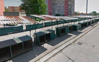 Mestské trhovisko v Seredi sa na skúšku otvorí už budúci týždeň. Predávajúcim budú merať teplotu