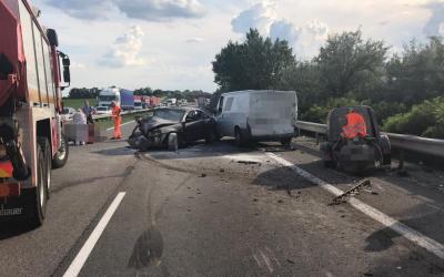 Pri Pate sa dnes stala tragická dopravná nehoda, pri ktorej zahynula jedna osoba