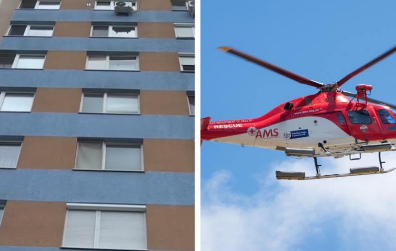 Z okna na 3. poschodí paneláka v Šali vypadlo len 20-mesačné dievčatko. Leteckí záchranári ho previezli do Bratislavy a momentálne je v stabilizovanom stave