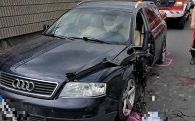 Pri odbočke na Vlčkovce dnes došlo k vážnej dopravnej nehode. Polícia žiada vodičov, aby sa tomuto úseku R1 vyhli
