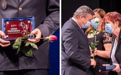 Šintavčanka Zita Csemezová získala Cenu predsedu Trnavského samosprávneho kraja za pôsobenie v prvej línii boja proti šíreniu ochorenia COVID-19