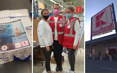 V Kauflande pomáhali vo štvrtok s potravinovou zbierkou aj dobrovoľníčky zo Serede a Dolnej Stredy. Milo ich prekvapil jeden zo zákazníkov